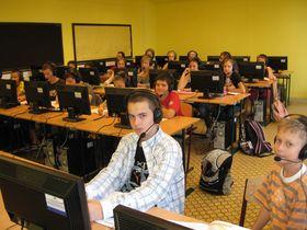 2007/2008: modern számítástechnika terem